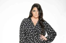 4-gorgeous-textures-plus-size-women-should-try-this-fall